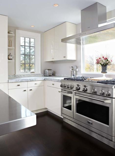 Modern kitchen contemporary kitchen new york by tr for Modern kitchen design new york