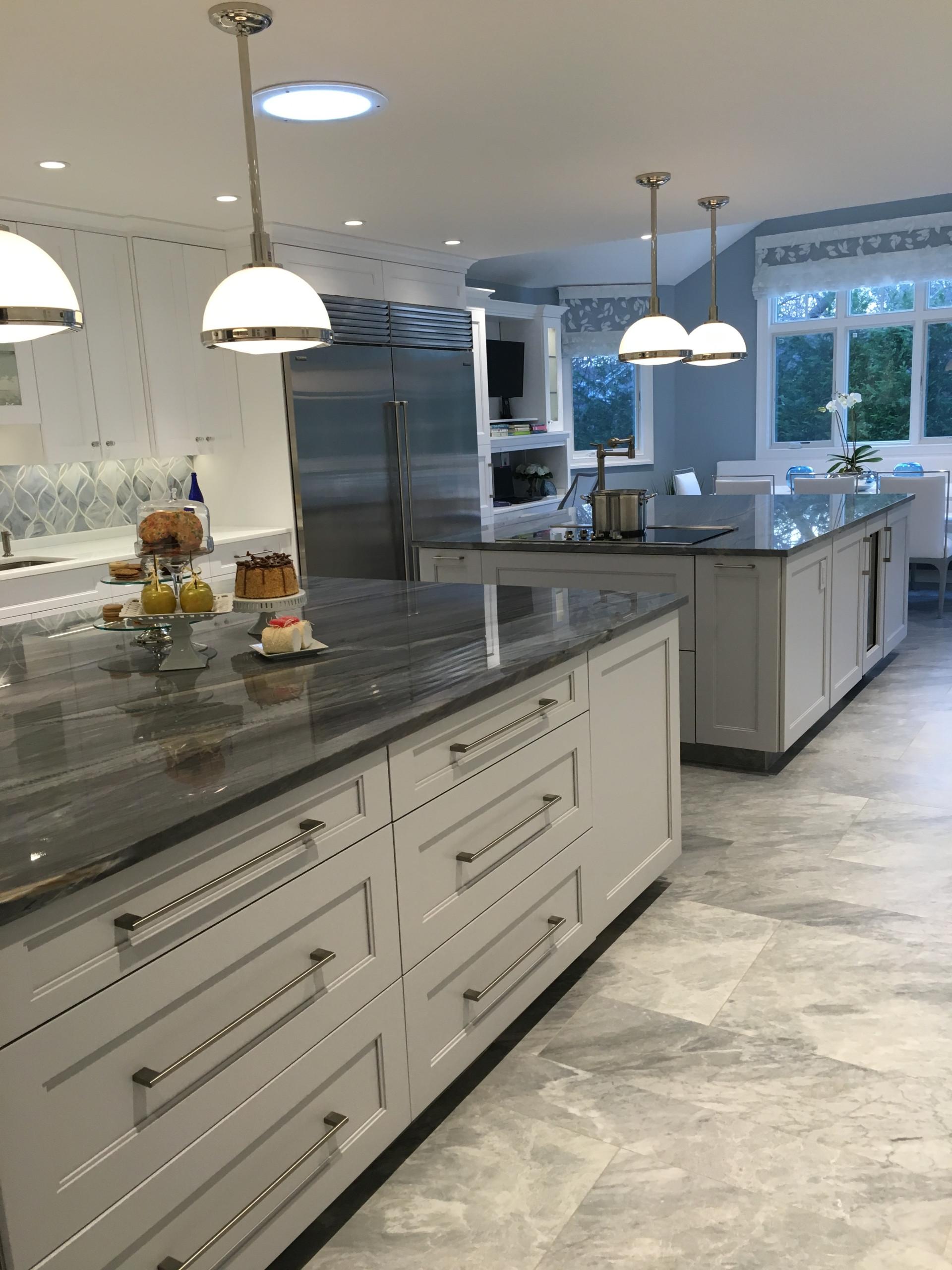 Modern Kitchen Woodmere, NY