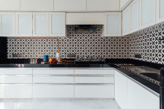 Patterned Floors & Wall Tiles Know How to Command Attention