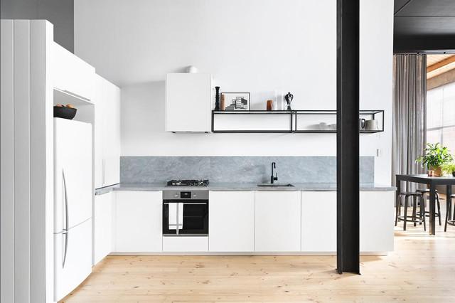 Choose A Splashback For White Kitchen
