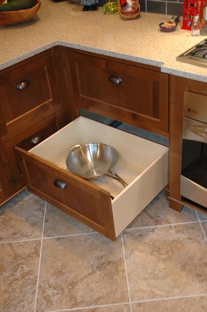 Modern mission / craftsman kitchen craftsman-kitchen