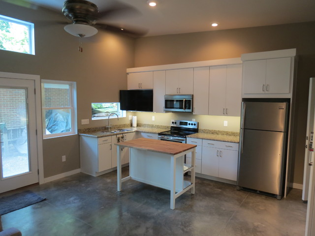 Modern mother in law suite addition modern kitchen for Average cost of in law suite addition
