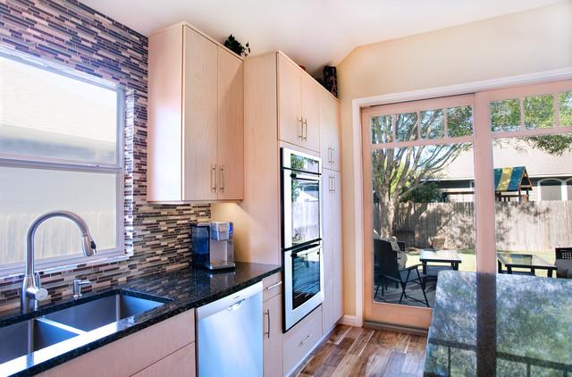 Modern Natural Maple Kitchen modern-kitchen