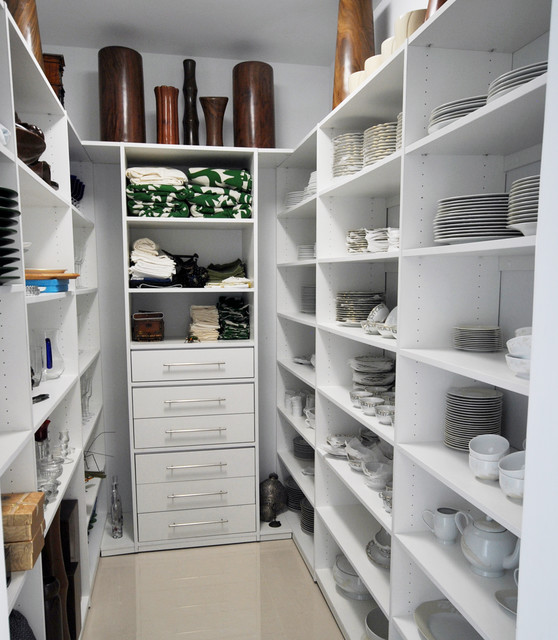 Modern Pantry - Contemporary - Kitchen - miami - by Armadi Closets