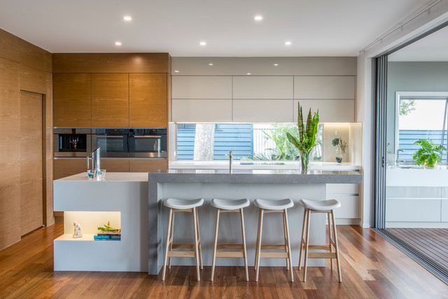 Modern queenslander contemporary kitchen brisbane for Modern queenslander home designs
