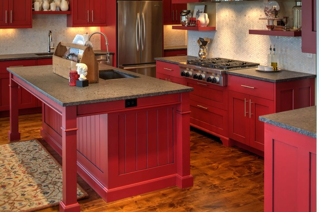 Modern Shaker Cabinetry With Red Paint And Glaze Finish Traditional Kitchen Kansas City By Wende Woodworking Llc Houzz Au