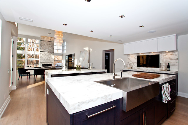 Modern Toronto Home Contemporary Kitchen Toronto By South Park Design Build