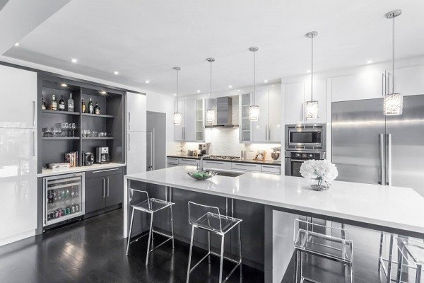 Modern white grey kitchen design oakville modern for Kitchen designs grey