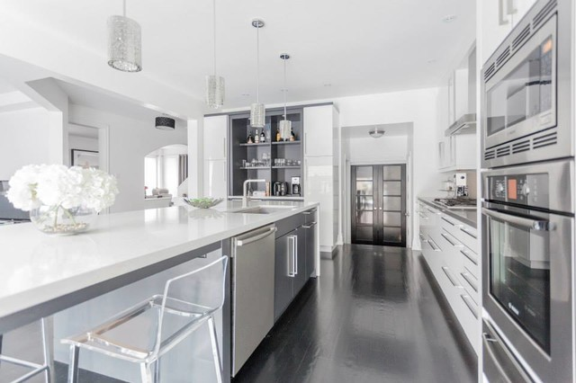 Modern White & Grey Kitchen Design Oakville - Modern ...