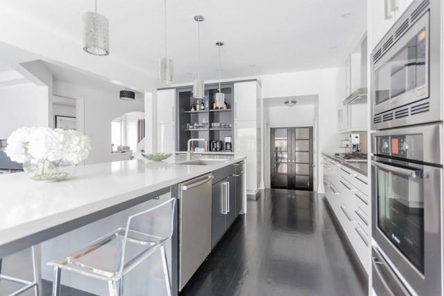 Modern White Amp Grey Kitchen Design Oakville Modern