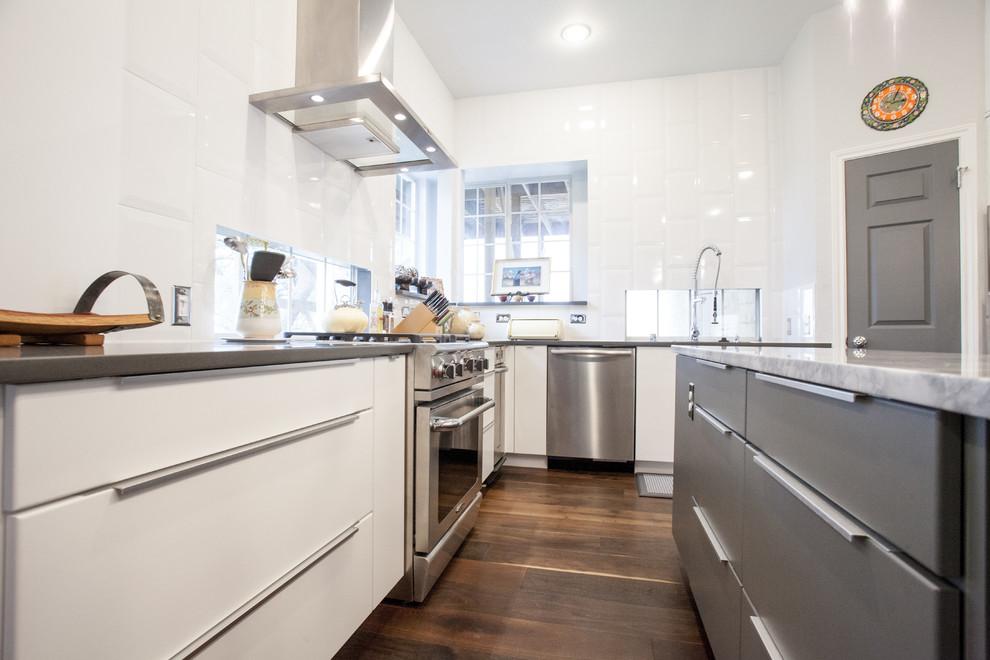 Modern White And Grey Slab Door Kitchen, White Slab Kitchen Cabinet Doors