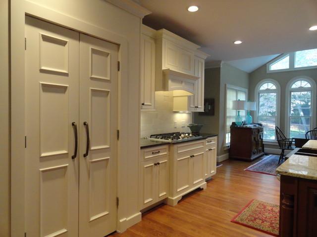 Modern White Elegance traditional-kitchen