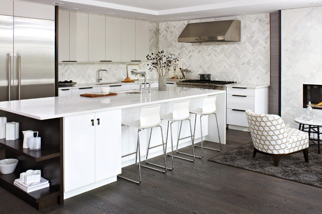 Modern White Kitchen - Contemporary - Kitchen - Toronto - by Croma