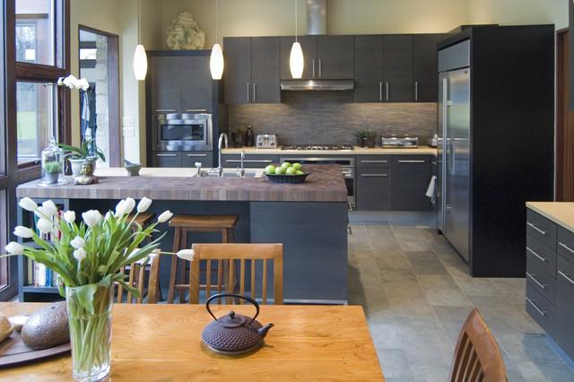 Gentil Example Of A Minimalist Kitchen Design In Philadelphia