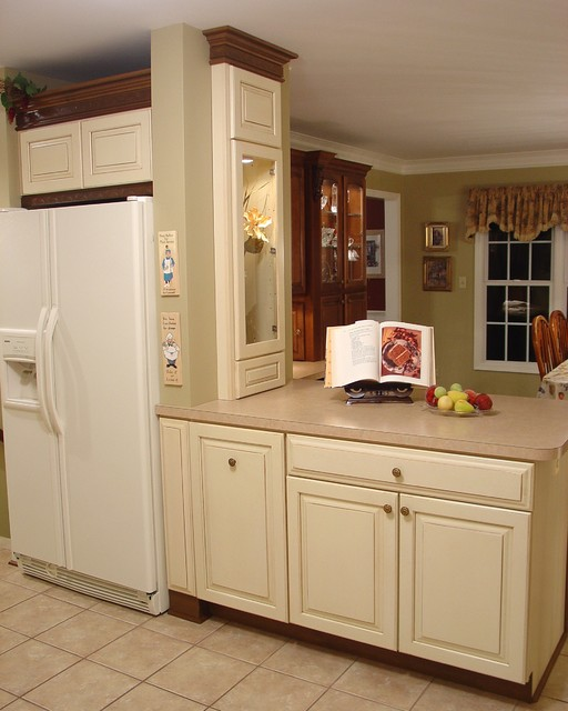 Monkton Open Kitchen Traditional Kitchen Baltimore By Lazzell Design Works