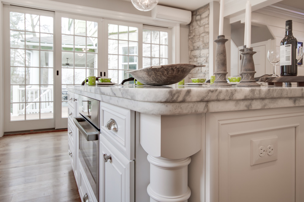 Mont Blanc Quartzite Silver Pearl Granite In A White Kitchen Traditional Kitchen Philadelphia By Stoneshop