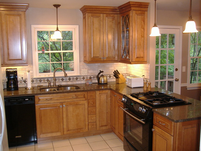 ginger maple kitchen cabinets montclair maple square door style in with 15800