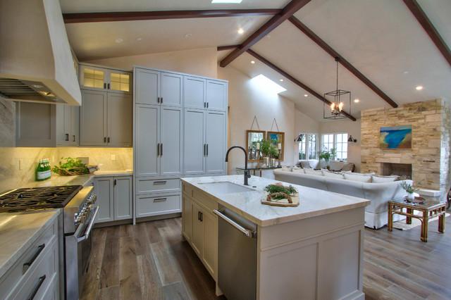 Monte Verde transitional-kitchen