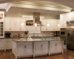 Hunter Residence traditional kitchen