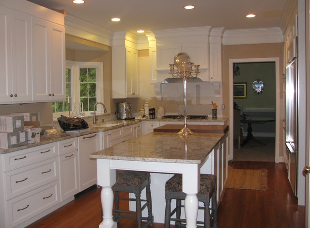 1890 cottage style kitchen with marble look laminate countertops also