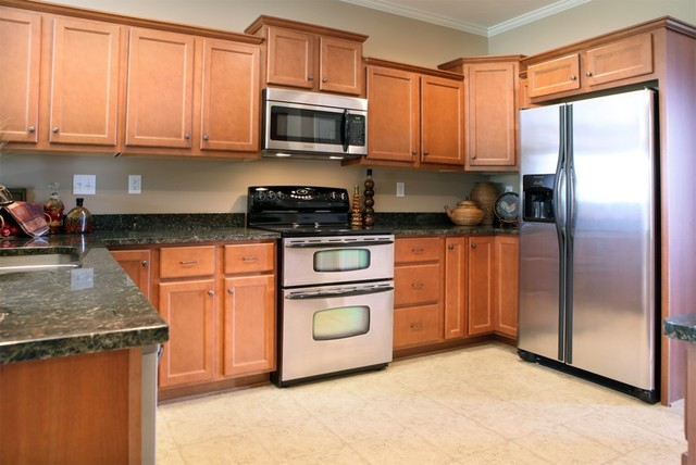 Montrose in Olive Branch, MS traditional-kitchen