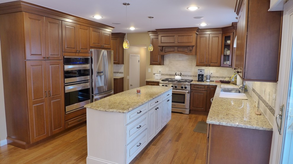 Montville Project - Traditional - Kitchen - Newark - by ...