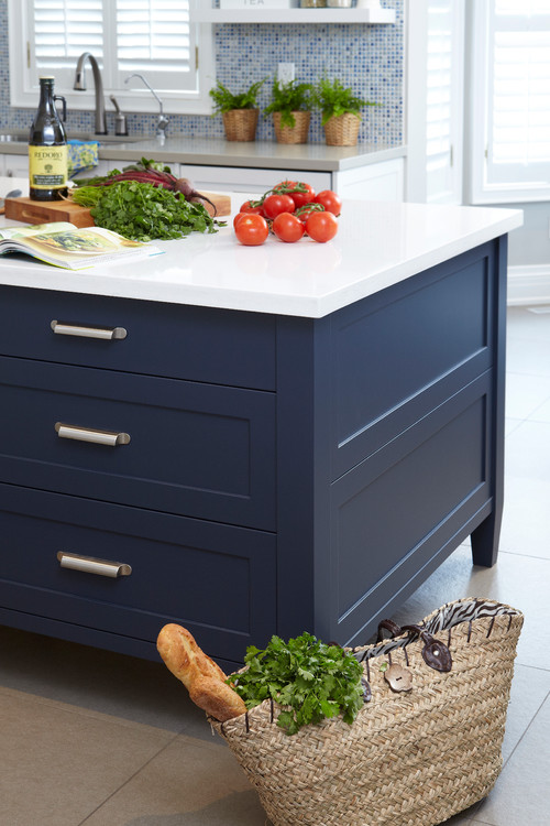 Beautiful Navy Blue   The Perfect Balanced Paint Color And It Looks  Gorgeous!