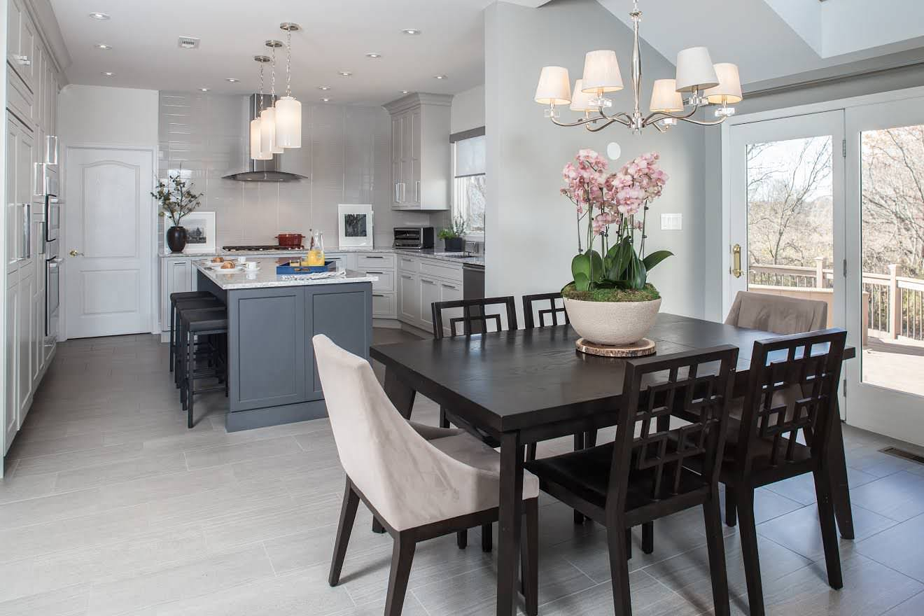 Moorestown Kitchen & Breakfast room