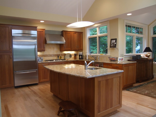 Moreland hills transitional kitchen cleveland by for Accents salon chagrin falls