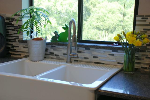 Morgan Hill - Kitchen - Modern - Kitchen - San Francisco - by Creative ...