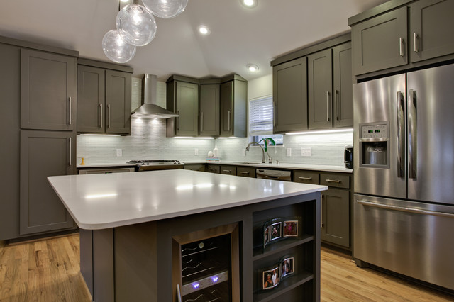 Amazing Trendy L Shaped Kitchen Photo In Dallas With Stainless Steel Appliances,  Shaker Cabinets And