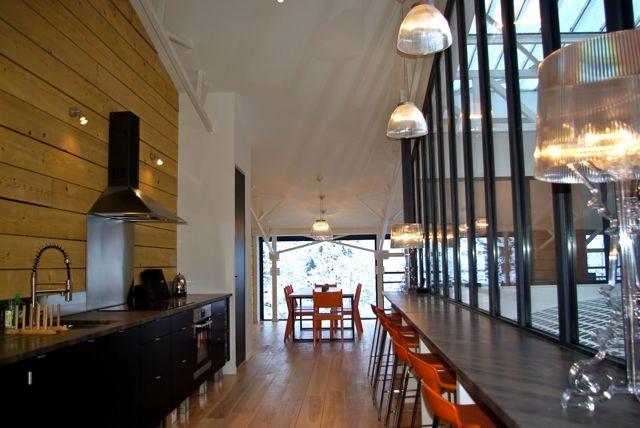 mountain flat modern-kitchen