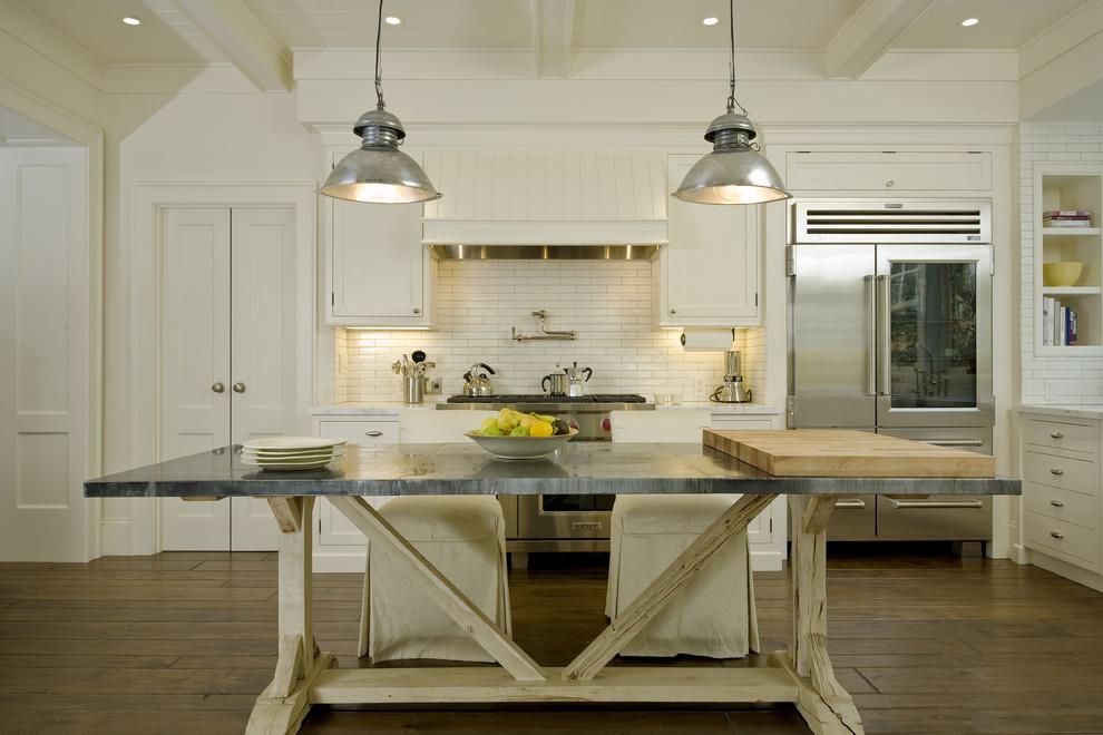 Kitchen - farmhouse kitchen idea in San Francisco with subway tile backsplash
