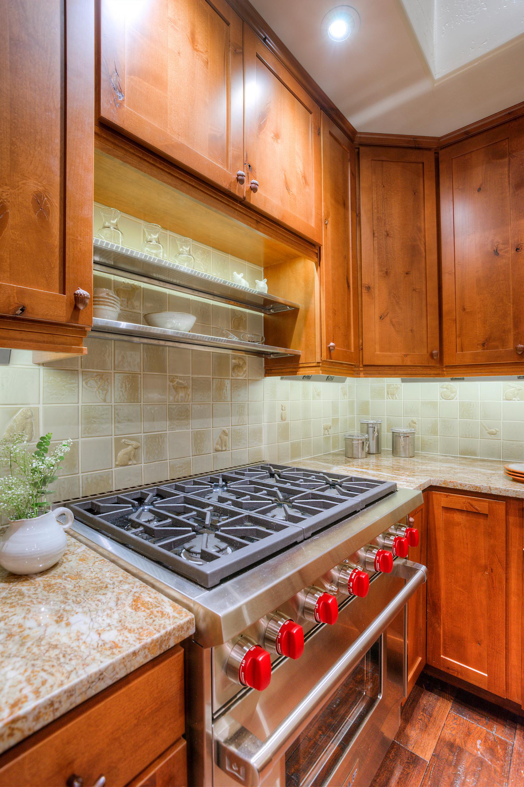 Mountain Living - Kitchen