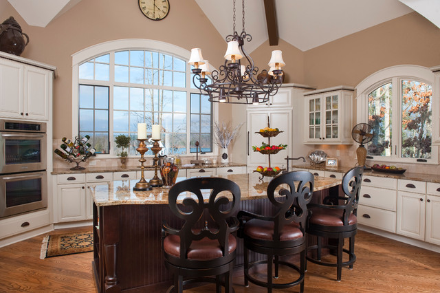 Mountain Living with Rustic Flair traditional-kitchen