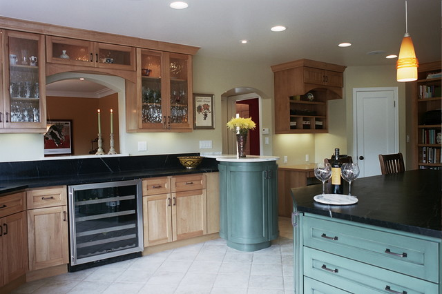 Moyle traditional-kitchen