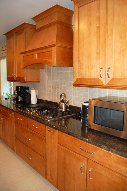 Mr. & Mrs. Crapko of Gibraltar,  kitchen remodel traditional-kitchen