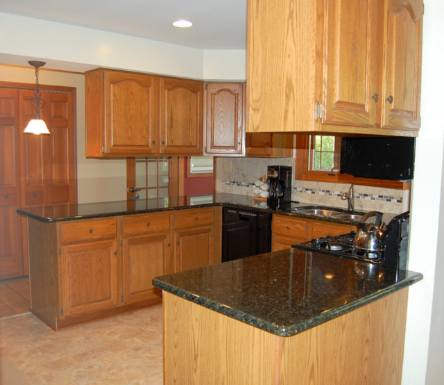 Mr. & Mrs. Jacobs of Grosse Ile, Kitchen remodel traditional-kitchen