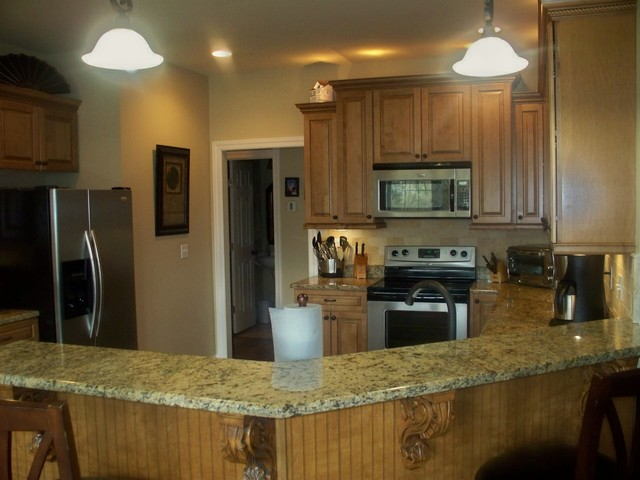Mt Juliet Kitchen With Ginger On Maple Traditional Kitchen Nashville By Terri Sears