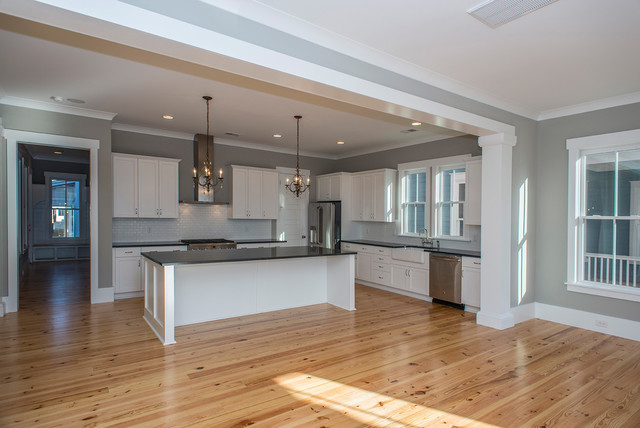 Mt pleasant sc coastal craftsman kitchen charleston for Coastal craftsman interiors