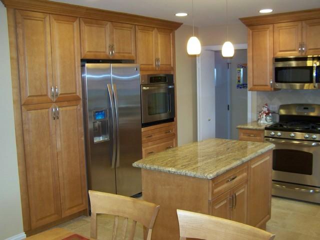 Muh traditional-kitchen