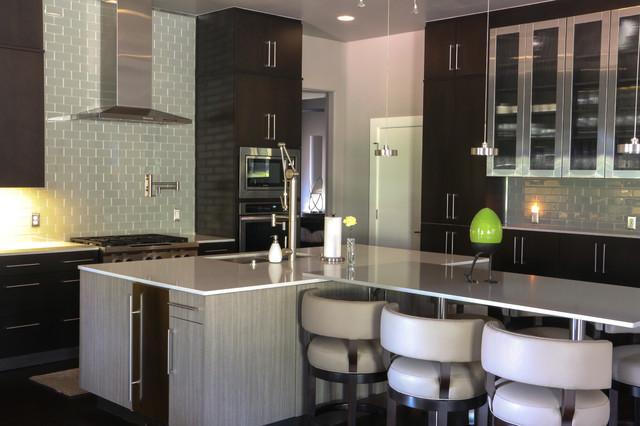 Perfect Bathroom Light Fixturemold  Picture Of Americas Best Value Inn