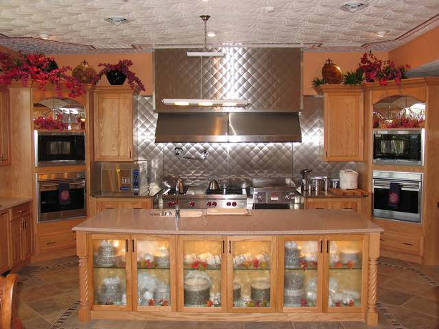 Murch Thomas traditional-kitchen