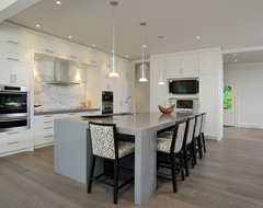 Muskoka Cottage contemporary kitchen