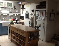My actual kitchen ! traditional kitchen
