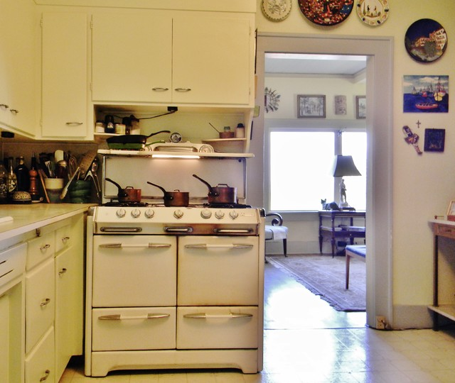 My Houzz: 1891 Queen Anne Home with a View eclectic-kitchen