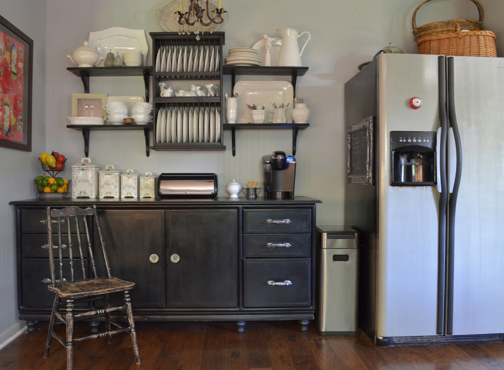 Eclectic kitchen photo in Austin with stainless steel appliances