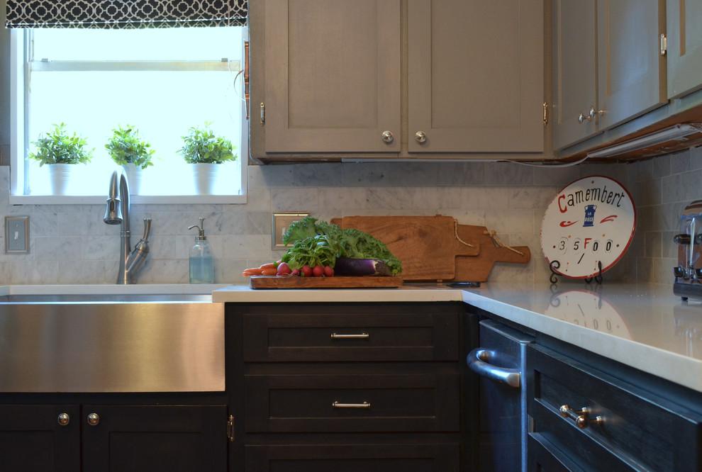 Kitchen - eclectic kitchen idea in Austin