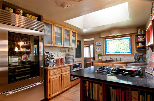 My Houzz A Ranch Style Home In Salem Oregon Evokes Old World European Traditional Kitchen