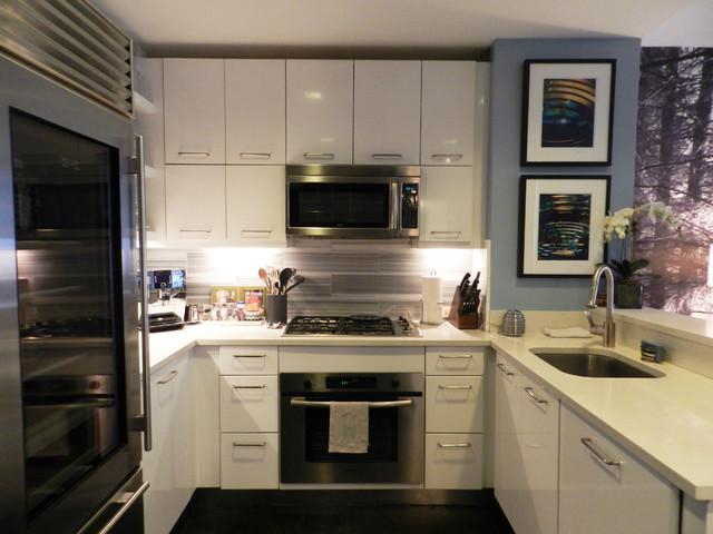 My Houzz: Bachelor\'s NYC Pad - Contemporáneo - Cocina - Nueva York ...